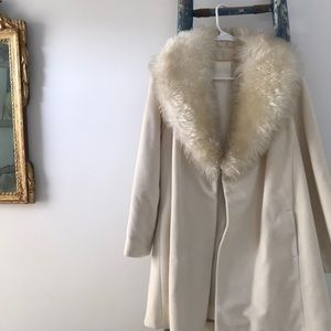 Vintage dress up coat with silk lining